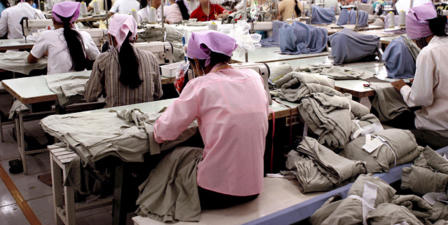 Women-Textile-Workers_2